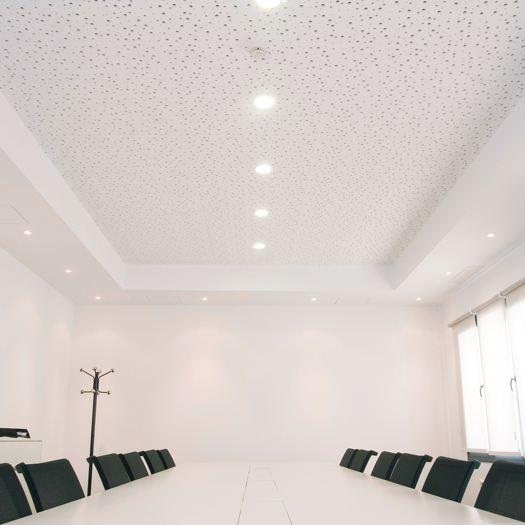 Falsos techos norgypsum materiales de construcci n y - Materiales para techos falsos ...
